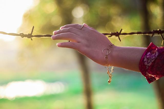 ruka na drátě