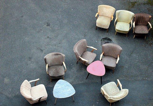 molatanové židle