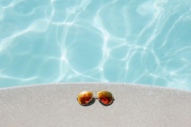 zrcadlové sluneční brýle