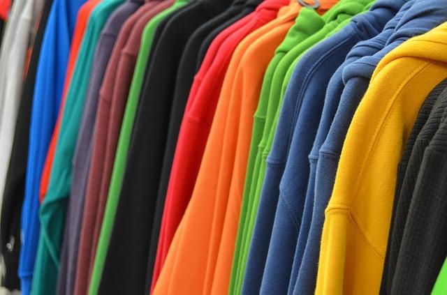 Kusové oblečení bez potisku