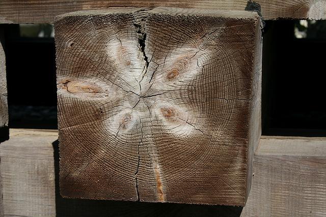 dřevěný hranol