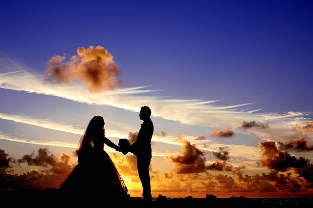 Západ slunce a svatba